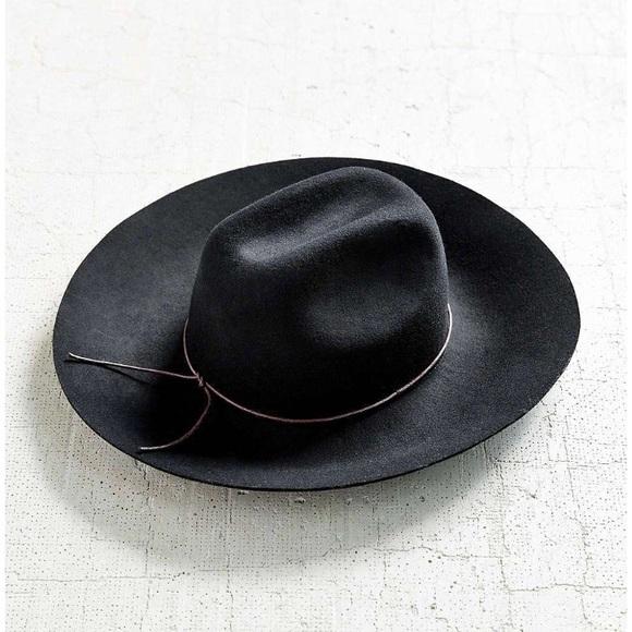 345d6b07ddf Ecote Accessories - Ecote Tie-back Wide Brim Hat in Black